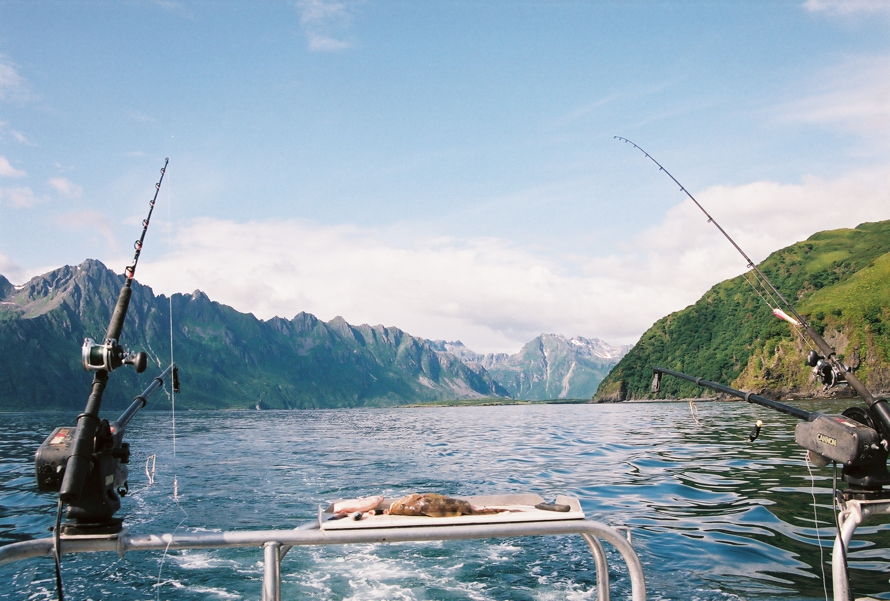 Kodiak fishing lodges most luxurious fishing vacations for Fishing lodges in alaska