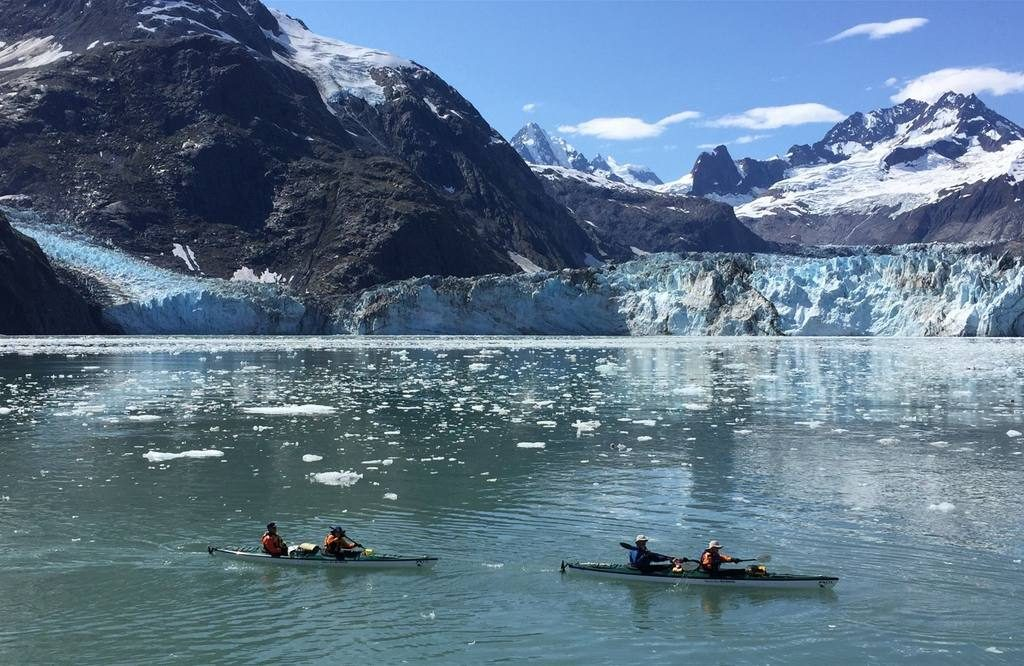 kayaking-in-glacier-bay-national-park