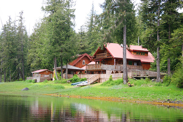 Southeast alaska fishing lodges experience alaska s secret for Sitka fishing lodges